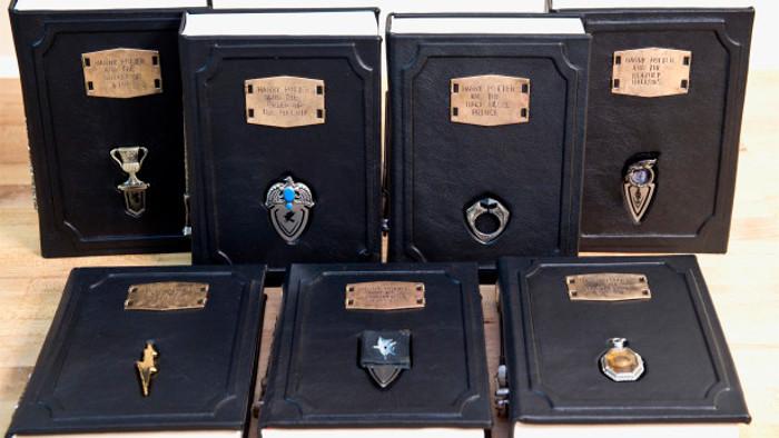 Harry Potter : une fan recrée sept couvertures façon Horcruxes, et ça en jette !