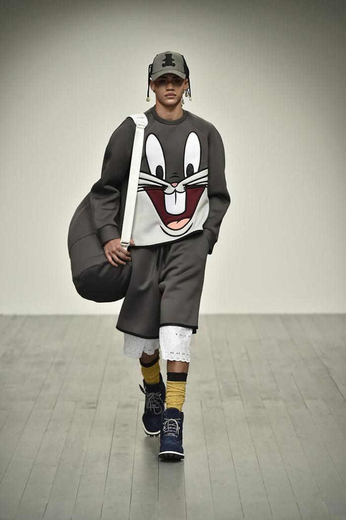 Une ligne de vêtements inspirés des Looney Toones, pour les feux de la rampe !